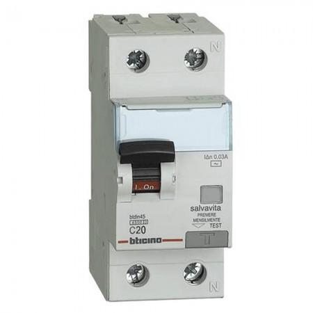 Differenziale magnetotermico 1P+N 0,03 20A Bticino