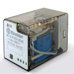Relè industriale undical 3 vie 10A 24VCC Finder